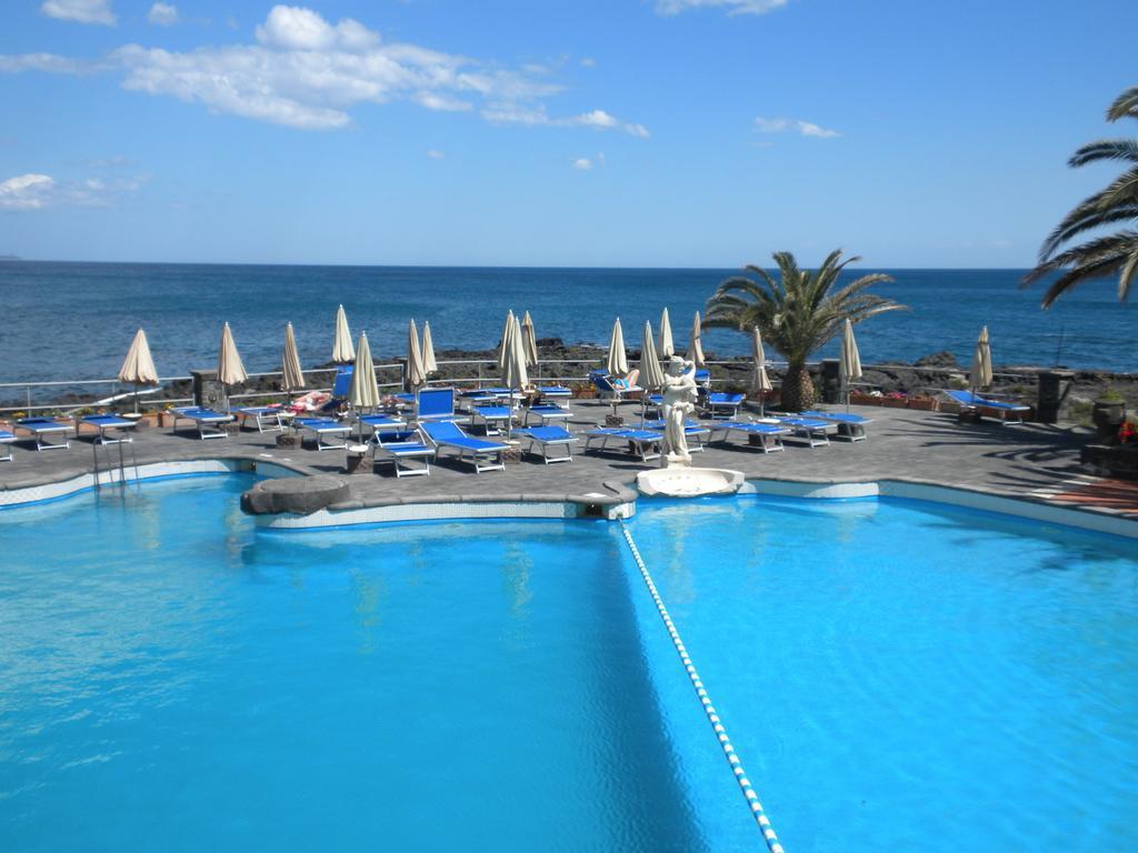 Grand hotel arathena rocks giardini naxos, Típusú emberi agyi paraziták